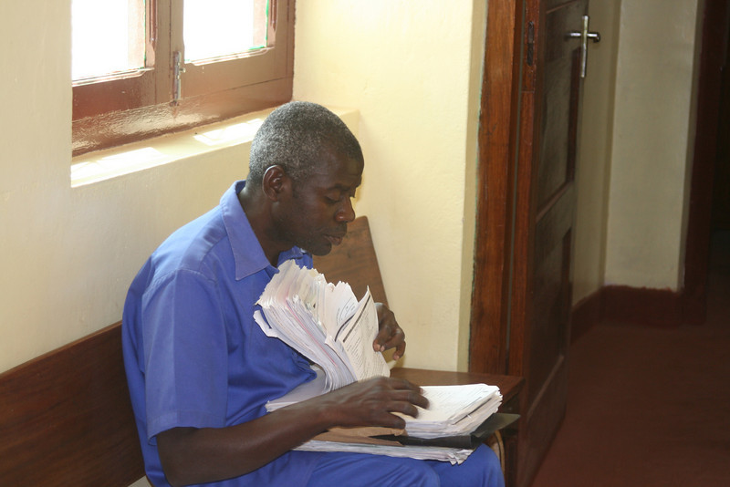 health worker filing, Cabo Delgado