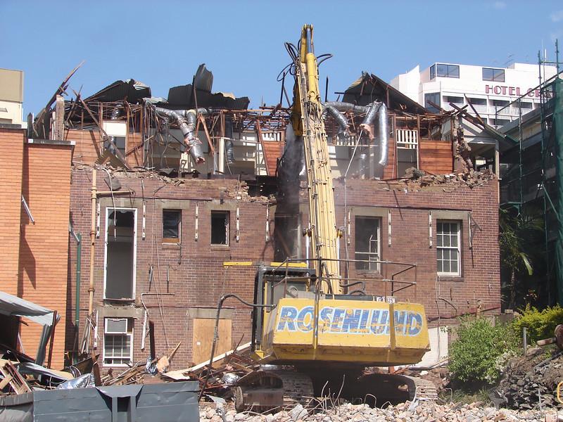Chaplin Building demolition 016.jpg