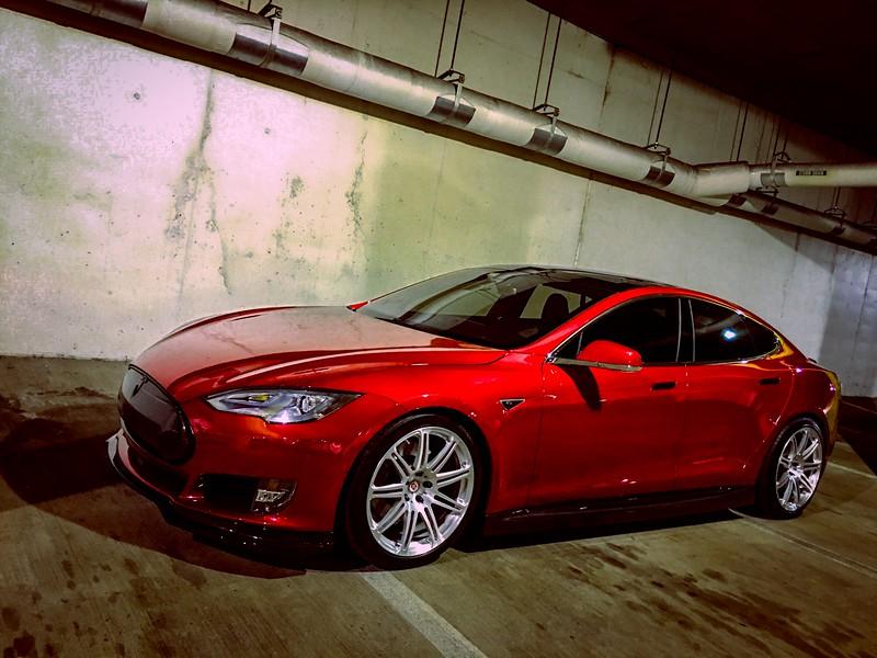 Tesla03.jpg