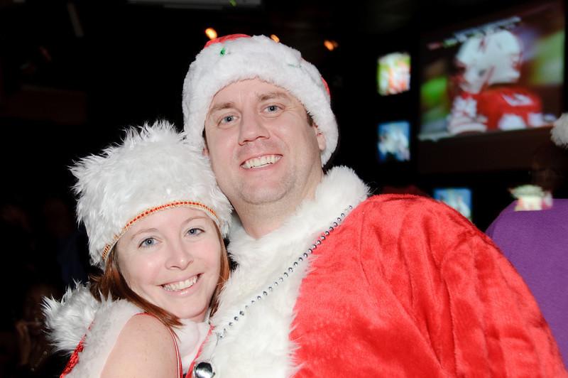 2009 ALS Santa Crawl-132.jpg