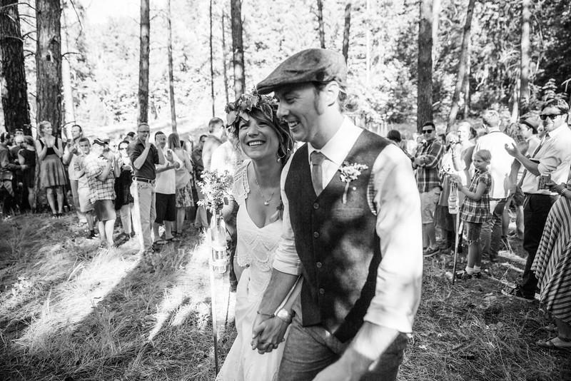 Lacy + Pat {Married in Leavenworth} July 2016