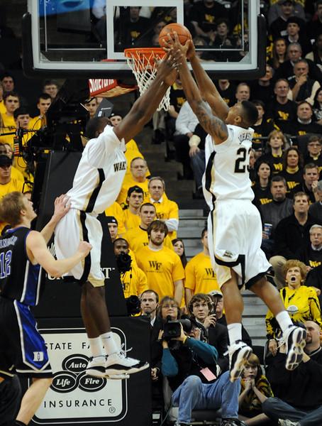 Aminu Johnson defensive rebound.jpg