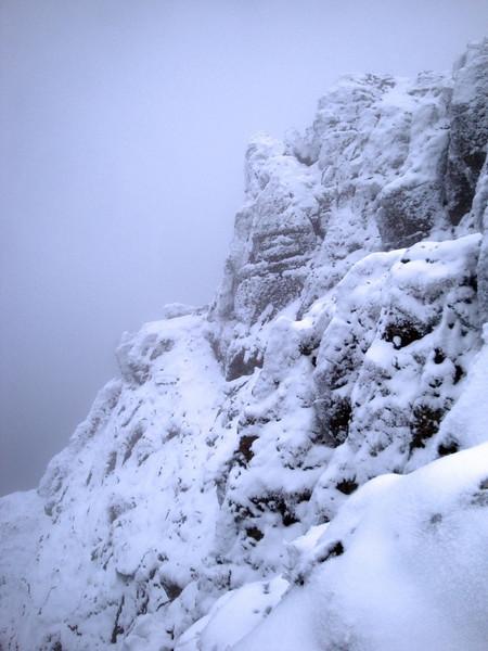 Screen slope below Snowdon from side.jpg