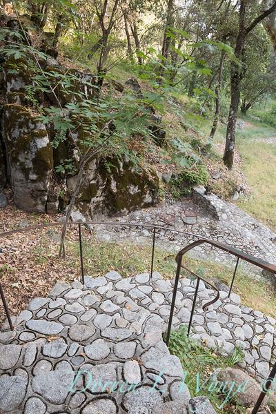 Stonework steps to lower patio_4523.jpg