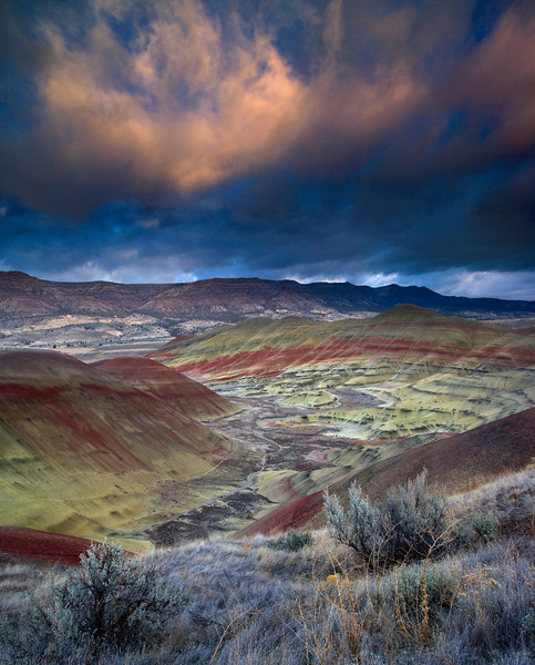 XK4L9311 Stormy sunset over the Painted Hills (chopped sky) final 01-Edit.jpg