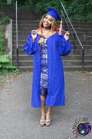 Shaquana (2020 Graduation Shoot)