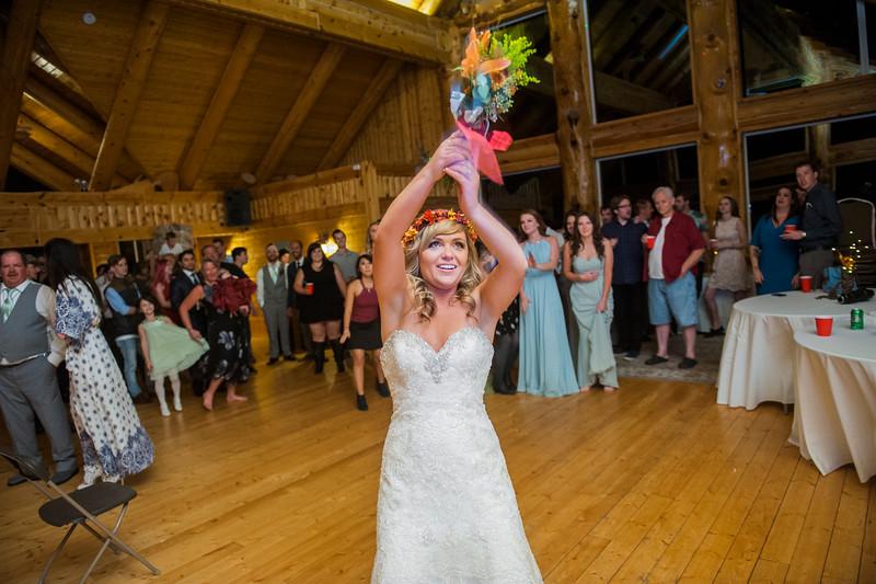 Jodi-petersen-wedding-683.jpg