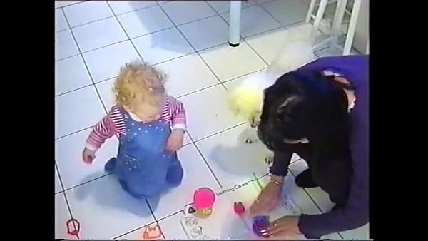 1999v Annie & Sis Playdoh
