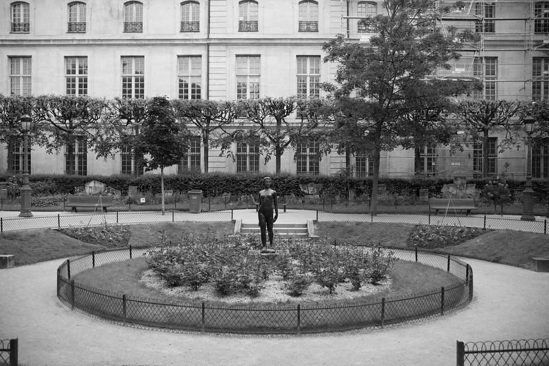 Paris16805-16-19.jpg