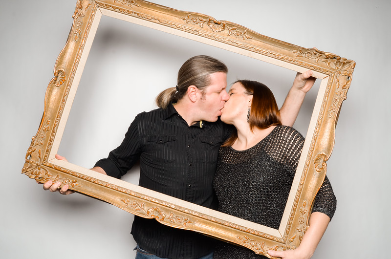 Libby & David Photo Station-52533.jpg