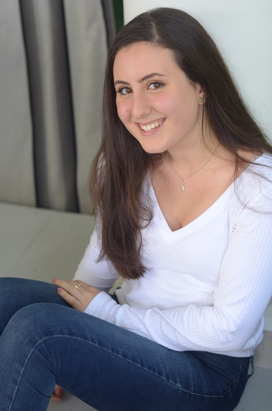 Julia Friend Group Pics - 231 of 308.jpg