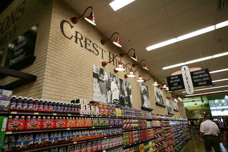 Crest Fresh Market 026.jpg