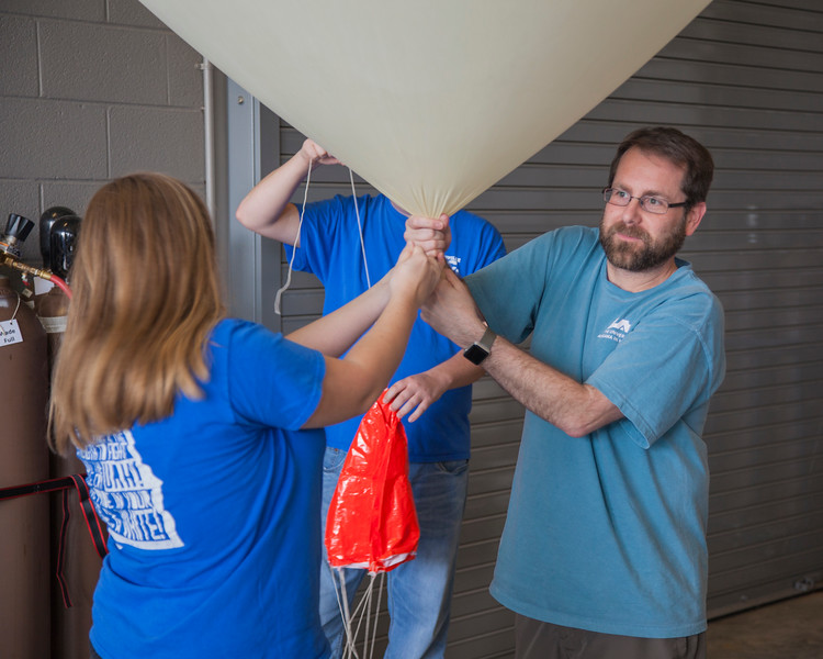 Filling the balloon with helium in preparation for the radiosonde comparison.