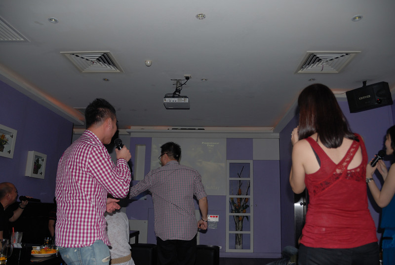 [20100219] Karaoke with ST Cousins @ Neway (29).JPG