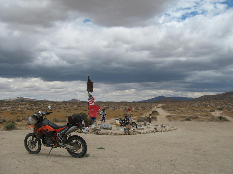 Mojave2009-06-06 12-26-12.JPG