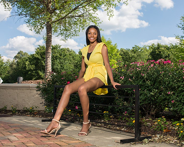 Chyna Senior Portraits
