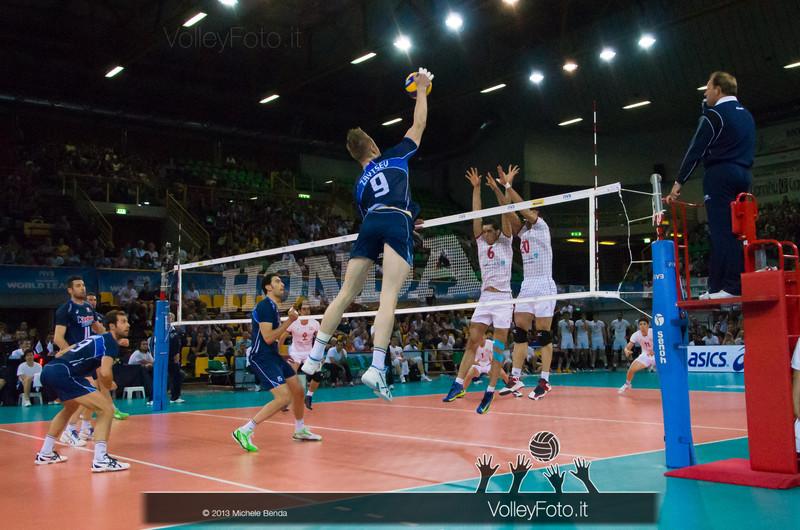 Ivan Zaytsev [ITA] attacco - Italia-Iran, World League 2013 - Modena