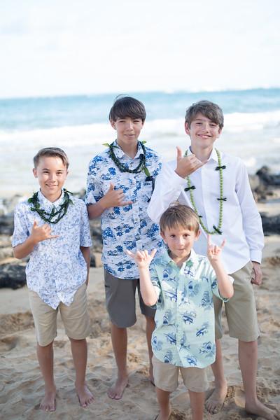 gillin beach kauai wedding-169.jpg