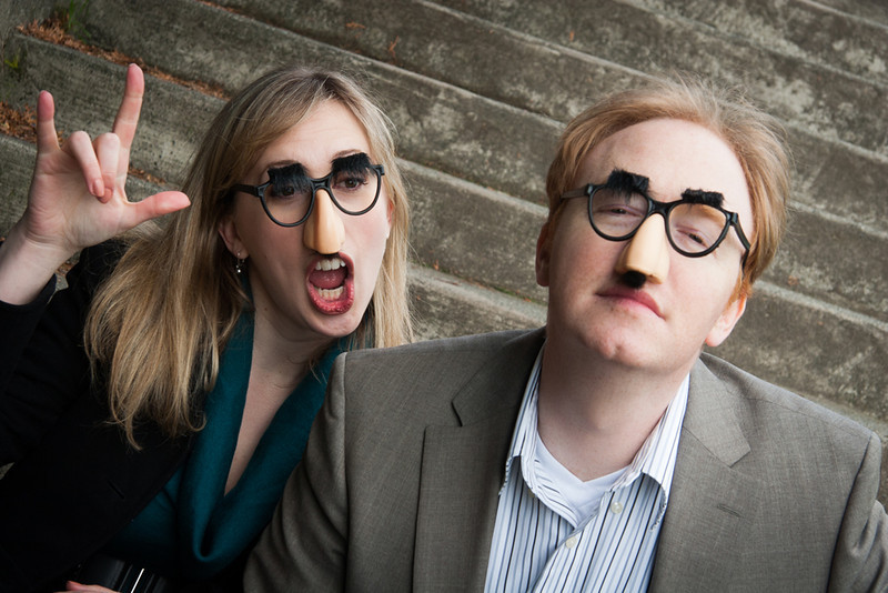 Couple-with-funny-noses-and-glasses.jpg