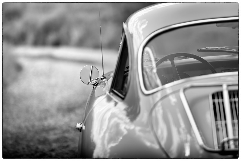 356-side-with-mirror-Z7-Contarex-180mm.jpg