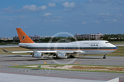 South African Airline Boeing 747 Airliner Pictures