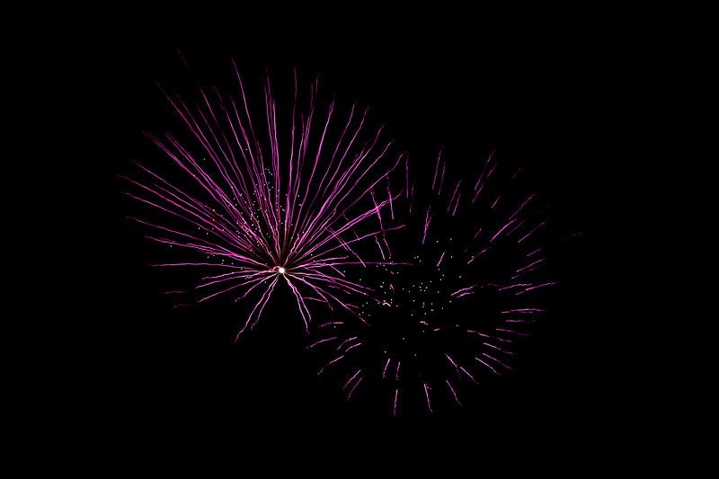 2018 - Dunorlan Park Fireworks 006_