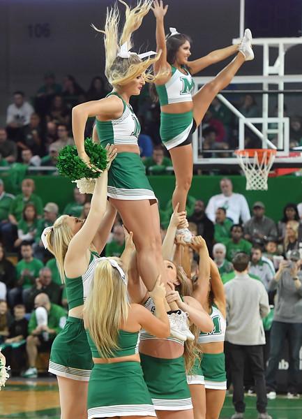 cheerleaders2004.jpg