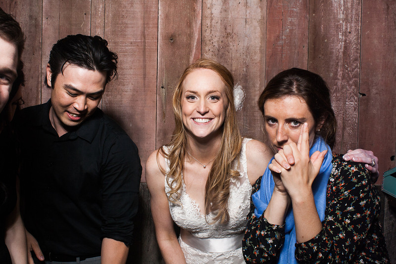 KatieTylerWeddingPhotobooth-0289.jpg