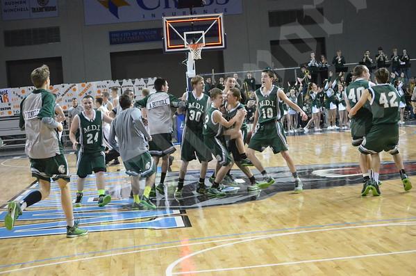 Boys' basketball: MDI vs. Gardiner 2/14/2015