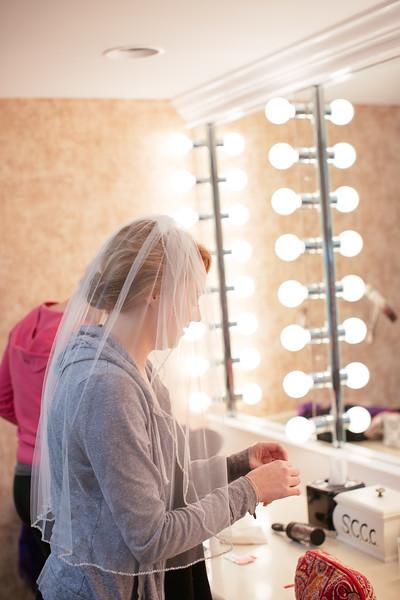 Torres Wedding _Getting Ready  (130).jpg