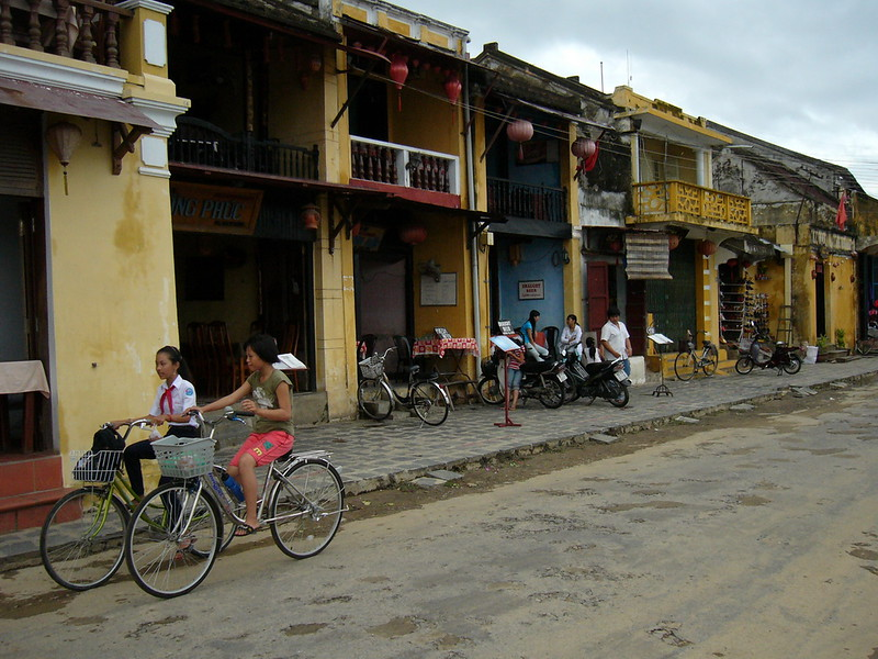Hoi An's colonial streets
