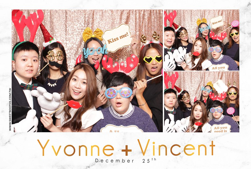 Yvonne.Vincent_12.25 (28).jpg