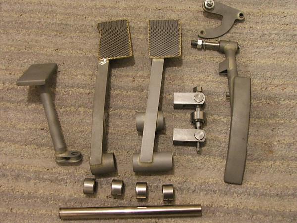 GT40 Brakes & Hubs 013a.jpg