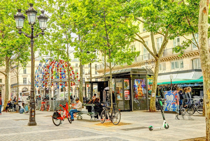 Lively and colorful Place Colette in the 1st arrondissement - Paris
