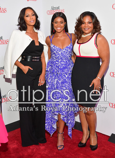10.26.16 ALMOST CHRISTMAS RED CARPET PREMIER