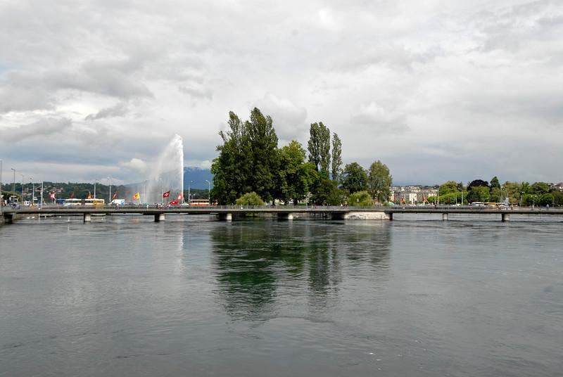 070626 7507 Switzerland - Geneva - Downtown Hiking Nyon David _E _L ~E ~L.JPG