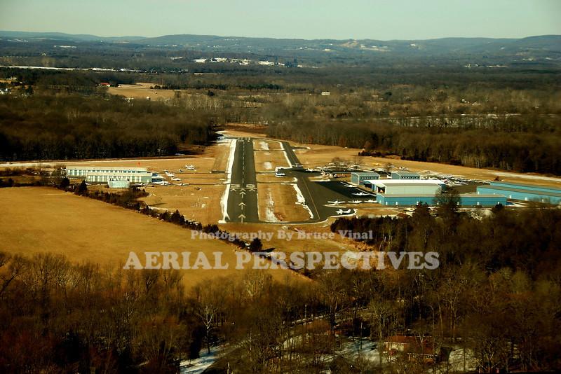 Somerset Airport -George Walker Field -(SMQ) On final to Three Zero Runways - 30/12  3,733' x 65' --  8/26  2,200' x 100' (Turf) -- 17/35  1,821' x 200'  (Turf)