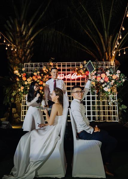 Thao Dien Village intimate wedding.ThaoQuan. Vietnam Wedding Photography_7R37012andrewnguyenwedding.jpg
