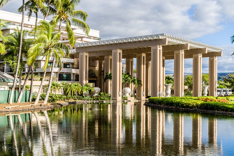 #hiltonwaikoloa, #hawaii, #architecture, #buildings, #reflection