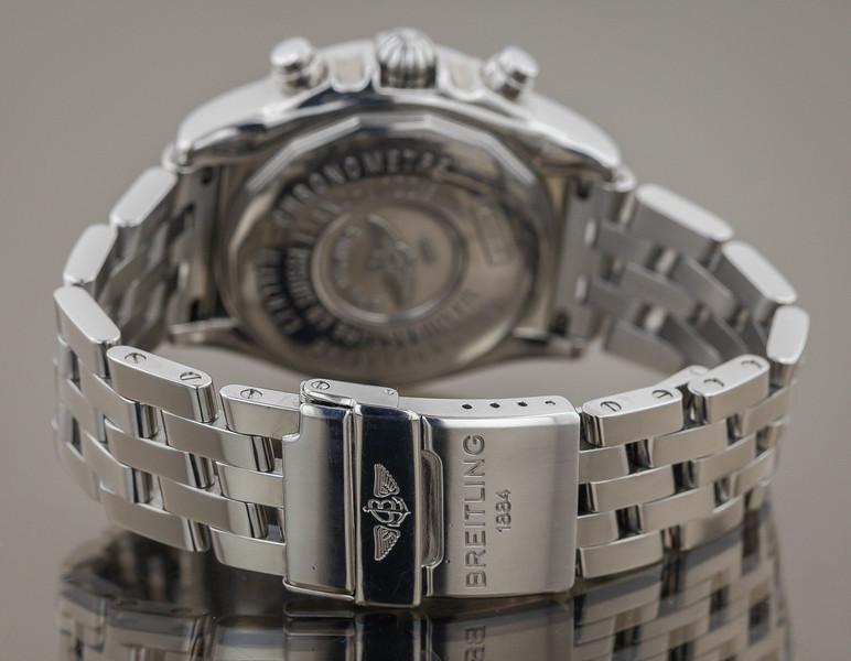 watch-8-2.jpg