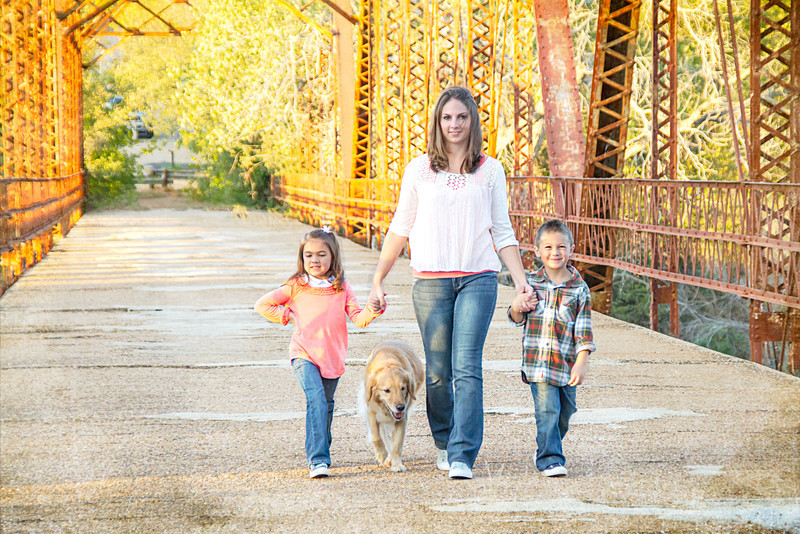 DSR_20121028Adorable Family w Aggie51-Edit.jpg