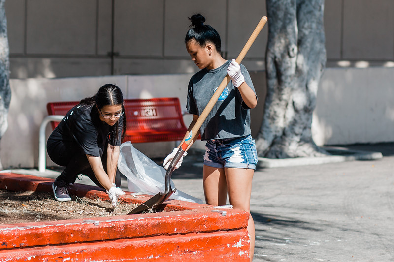 2019_08_10_HollywoodHighSchool_ServeDay_FR-116.jpg