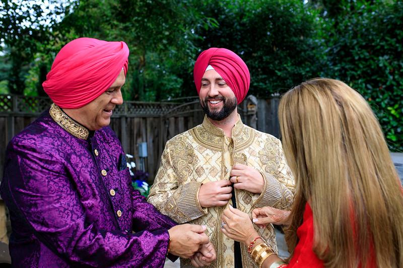 Neelam_and_Matt_Gurdwara_Wedding-1146.jpg