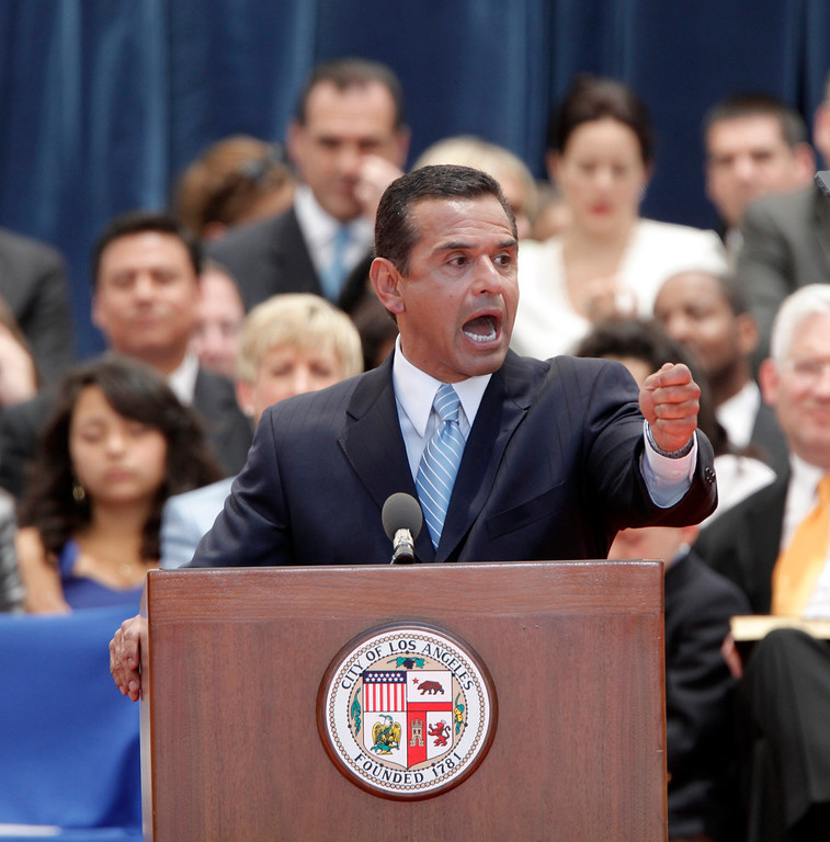 . Mayor Antonio R. Villaraigosa  speaks during swearing in ceremonies at Los Angeles City Hall Wednesday July 1, 2009. (Hans Gutknecht/L.A . Daily News)