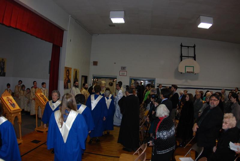 2012-11-04-Dome-Cross-Blessing-Sunday_247.JPG