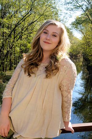 Abby Jones - Senior Pictures