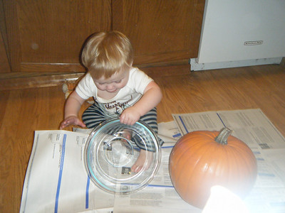 Carving pumpkins 2009