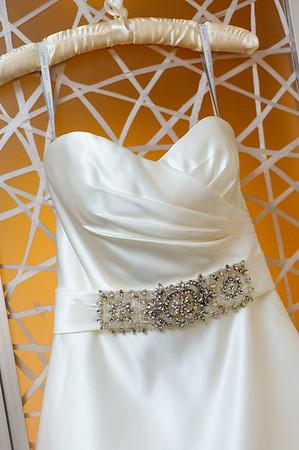 Details: Rings, Flowers, Dress, Cake, Etc.