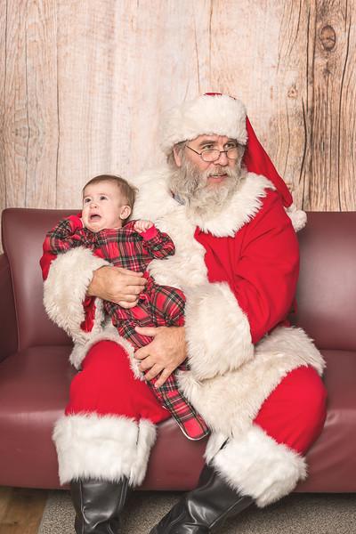Ameriprise-Santa-Visit-181202-4919.jpg