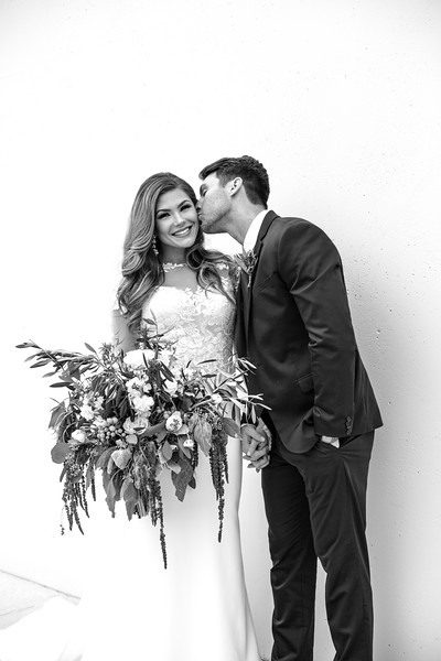 Kate&Josh_B&W_ZACH.WATHEN.PHOTOGRAPHER-225.jpg